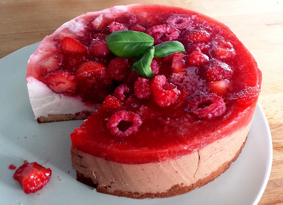Read more about the article Raspberry Custard Pie